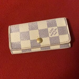 Louis Vuitton 4-key holder Azur